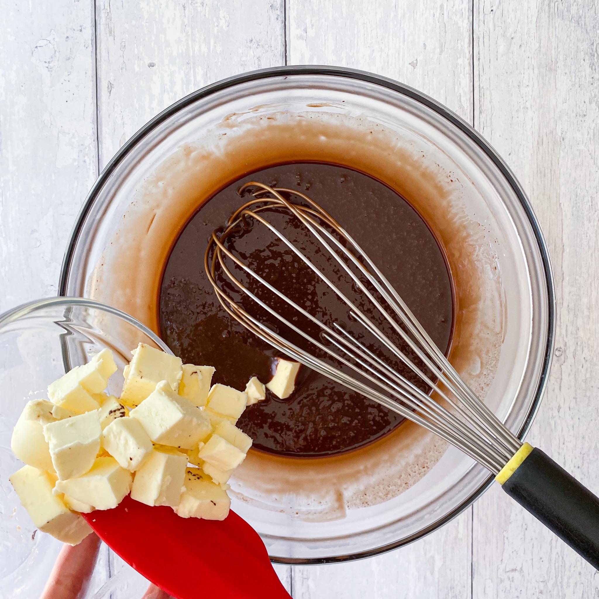 chocolate layer cake ganache 2
