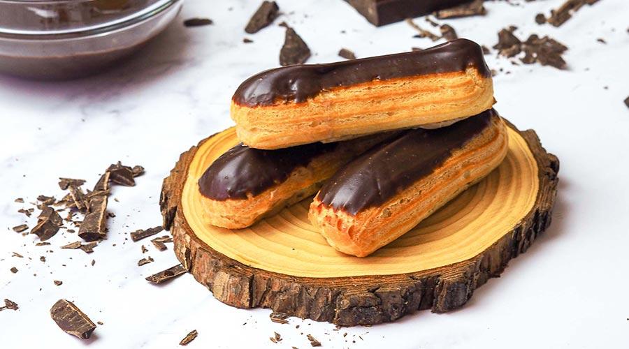Delicious Chocolate Eclairs